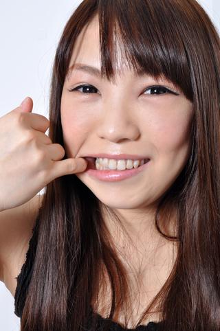 沙藤ゆりちゃんの歯観察! 総選挙11位にランクイン!!