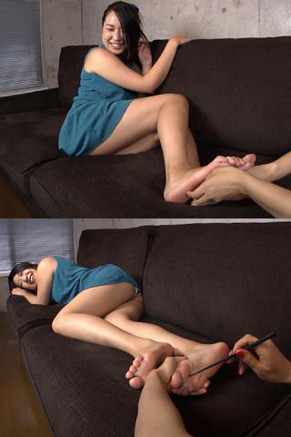 佳奈の足裏くすぐり