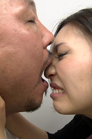 男の口臭嗅ぎ そして鼻舐め