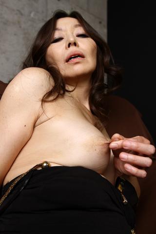 熟女の乳・乳首いじり観察 3名分